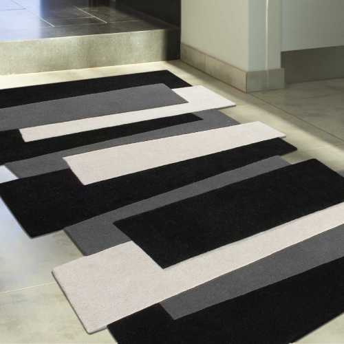 tapis design gris large choix de textures et de mati res. Black Bedroom Furniture Sets. Home Design Ideas
