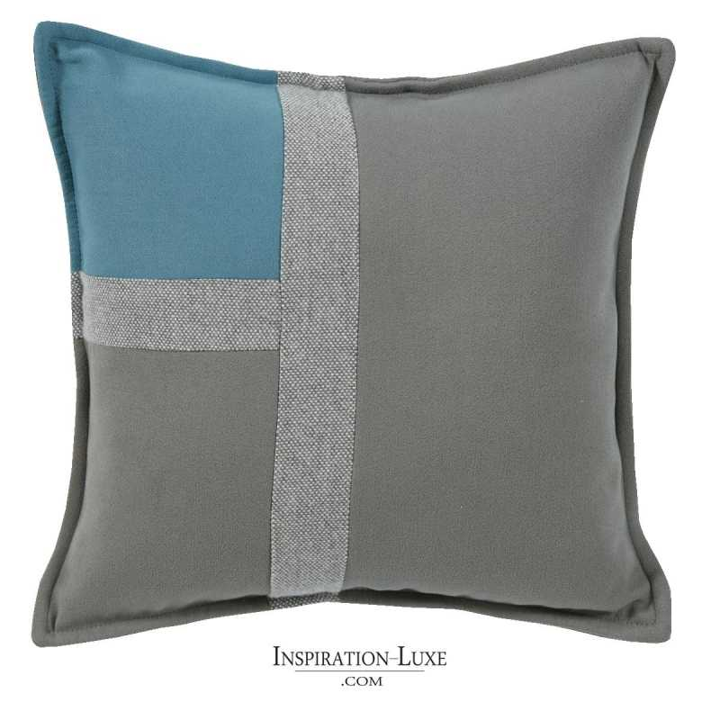 coussin de luxe tricolore bleu gris souris et gris clair 45 x 45 cm. Black Bedroom Furniture Sets. Home Design Ideas