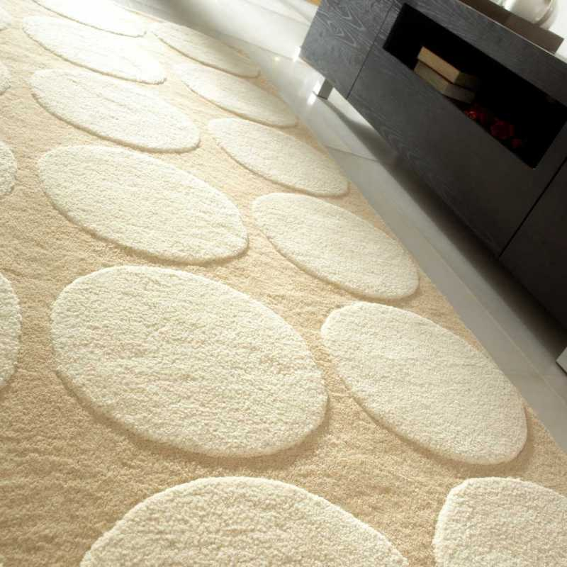Tapis de luxe design blanc et cr me impex par carving for Tapis de salon gris et beige