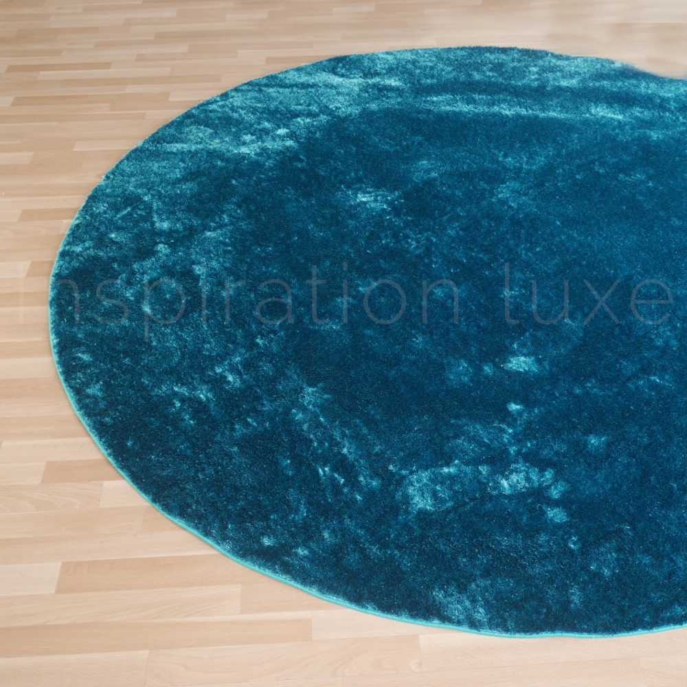 tapis sur mesure rond bleu shaggy fin par inspiration luxe. Black Bedroom Furniture Sets. Home Design Ideas