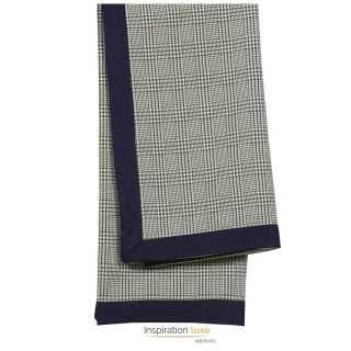 Plaid design carreaux des plaids classiques ou for Plaid contemporain