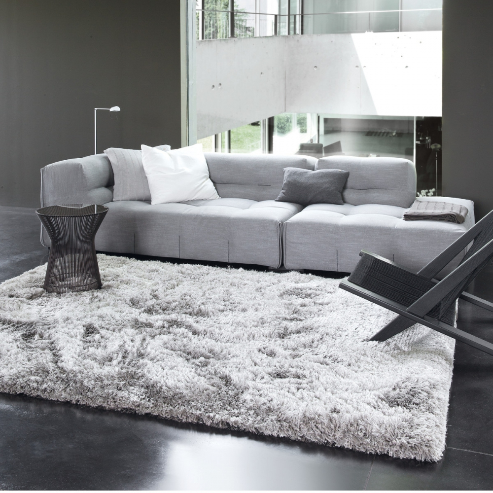 les tapis gris nouvelle tendance du moment. Black Bedroom Furniture Sets. Home Design Ideas