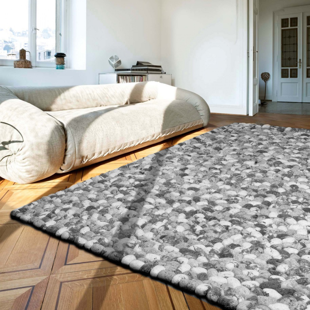 tapis-gris-prestige-galets-en-laine-on-the-rocks-par-angelo
