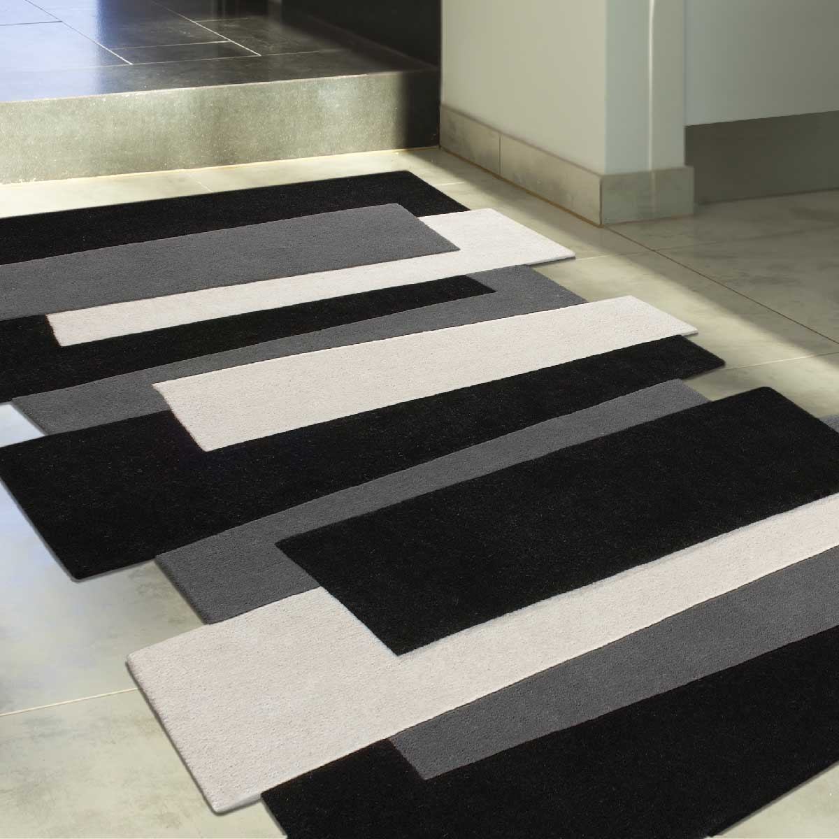 tapis salle de bain original with tapis salle de bain original tapis de bain coton uni. Black Bedroom Furniture Sets. Home Design Ideas