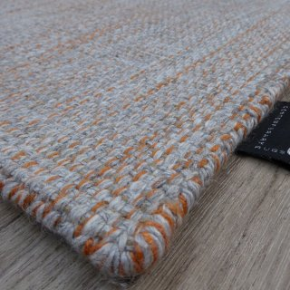 Tapis gris clair et orange en laine et viscose Hamilton par Angelo