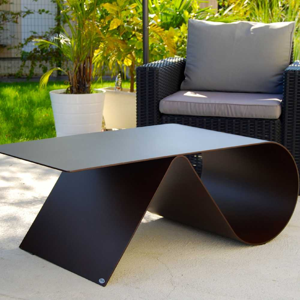 table basse de jardin de luxe en acier design goupille. Black Bedroom Furniture Sets. Home Design Ideas