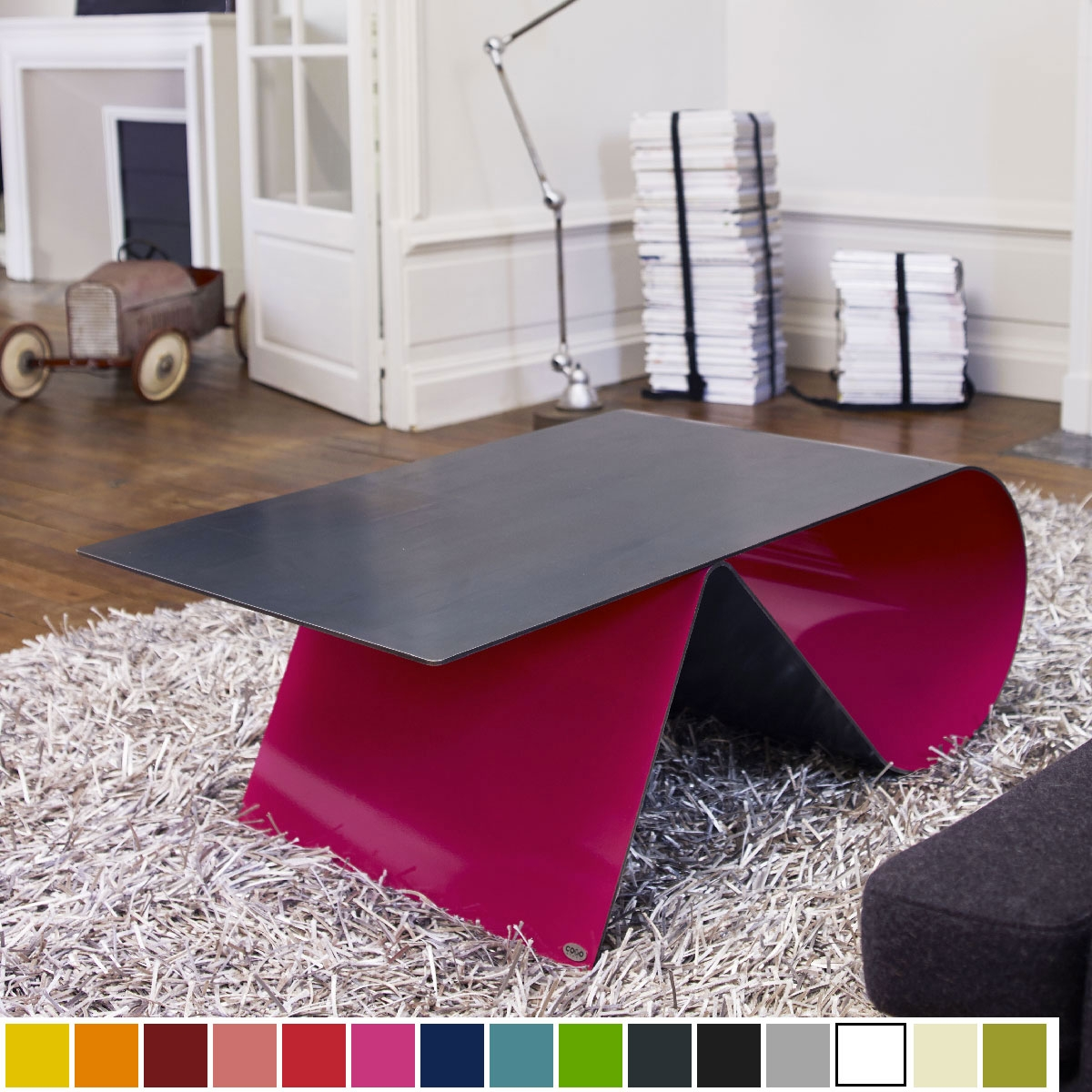 luxe of tables basses design table et chaises. Black Bedroom Furniture Sets. Home Design Ideas