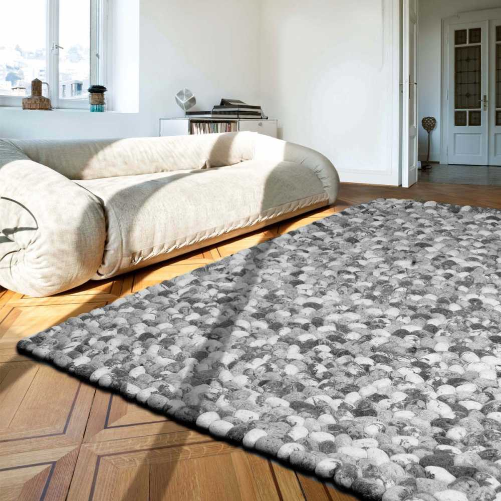 Tapis gris prestige galets en laine on the rocks par angelo for Tapis de cuisine gris design
