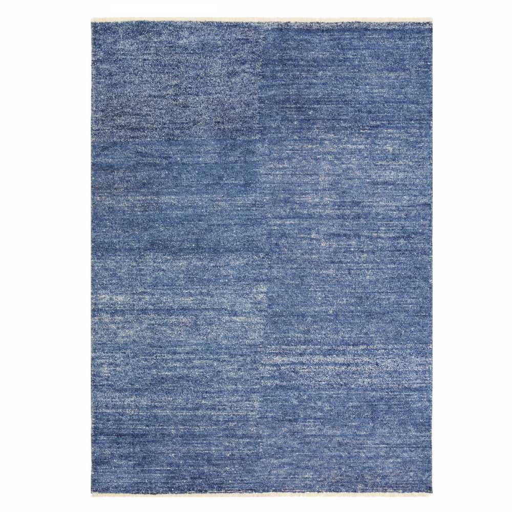 tapis bleu en viscose type kilim rectangulaire par ligne pure. Black Bedroom Furniture Sets. Home Design Ideas