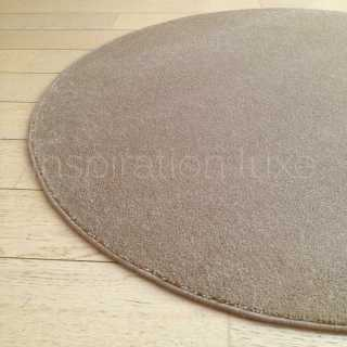 Tapis rond sur mesure taupe fin