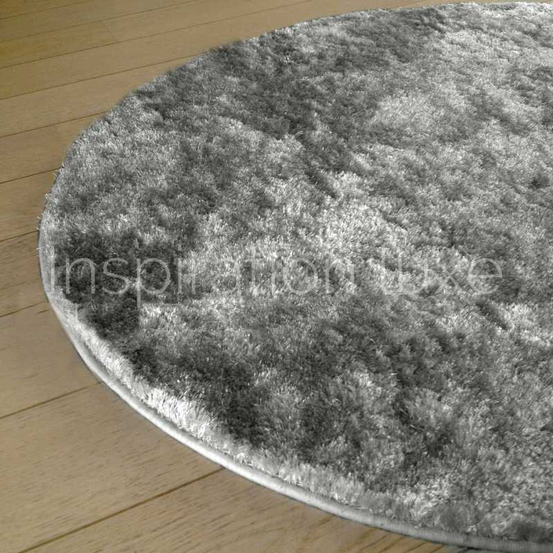 tapis sur mesure rond gris clair shaggy fin par inspiration luxe. Black Bedroom Furniture Sets. Home Design Ideas