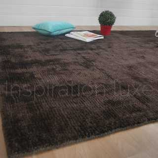 Tapis de luxe chocolat en laine et viscose Grosvenor par Inspiration Luxe Collection