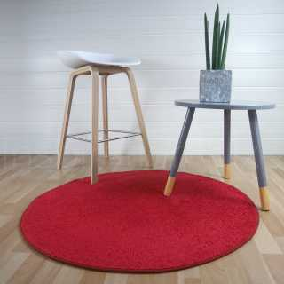 Tapis rond rouge fin par Inspiration Luxe