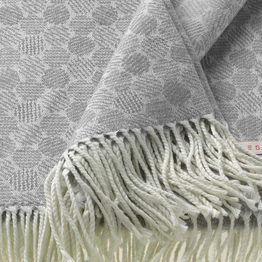 Plaid léger gris design par Esprit Home
