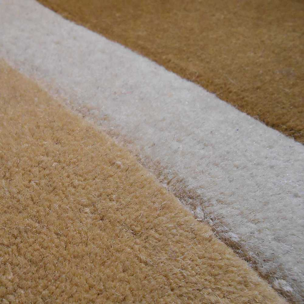 Tapis de luxe contemporain beige Field par Carving